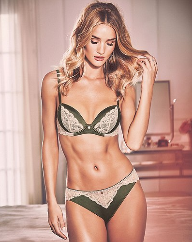 Rosie Huntington .19.44