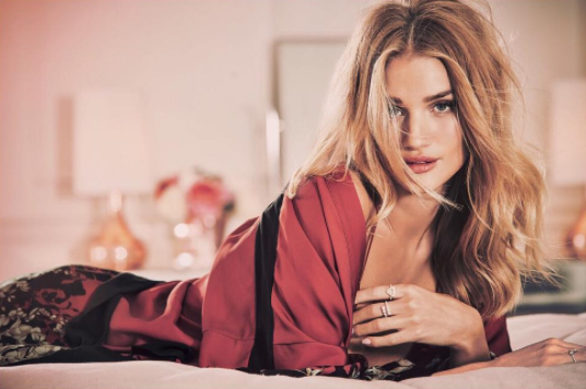 Rosie Huntington 6.42