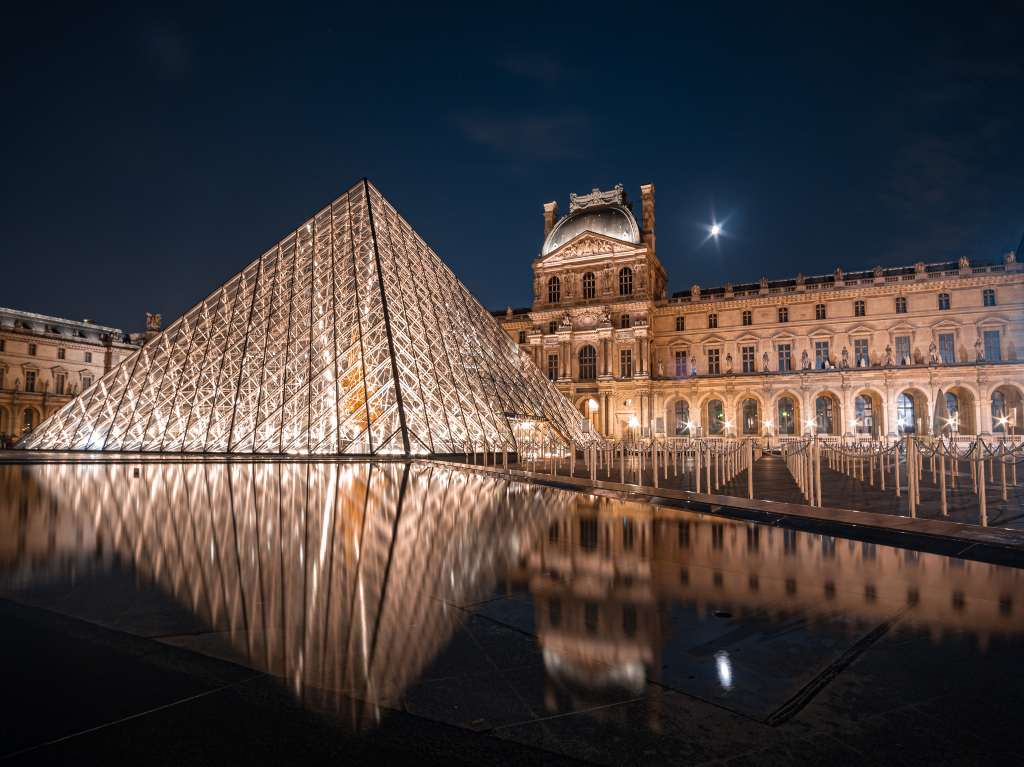 exterior-museo-louvre