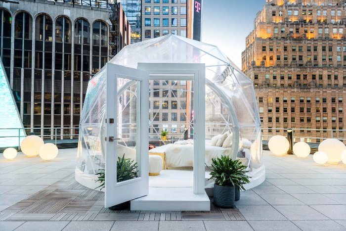 06-airbnb-nye-dome-d